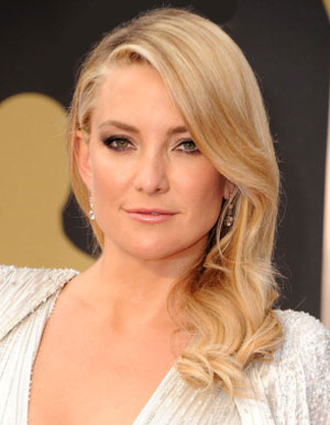 Kate Hudson blonde hair color and hairstyle